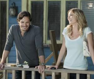 Emily et Jack se rapprochent dans l'épisode 3 de la saison 2 de Revenge
