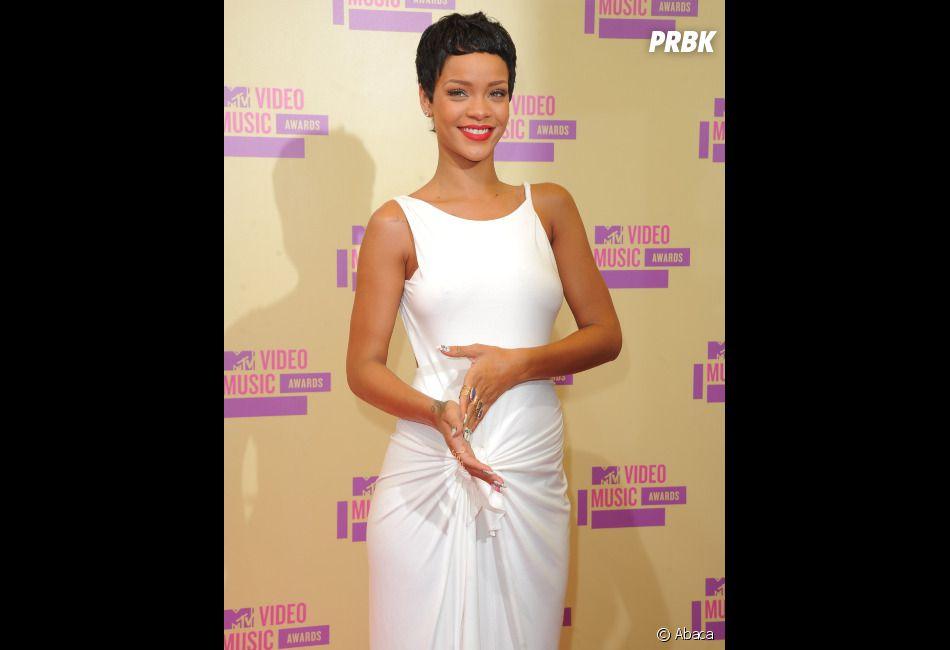 Rihanna, vraiment accro à Chris Brown !