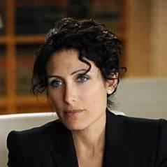 Lisa Edelstein : L'ex-Cuddy de Dr House arrive dans House of Lies ! (SPOILER)