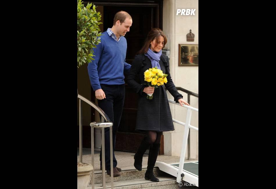Kate Middleton et son mari à sa sortie de l'hôpital