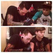 One Direction : un tatoueur à domicile à New York ! (PHOTOS)