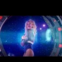 Rita Ora : Radioactive, le clip futuriste sexy ! (VIDEO)