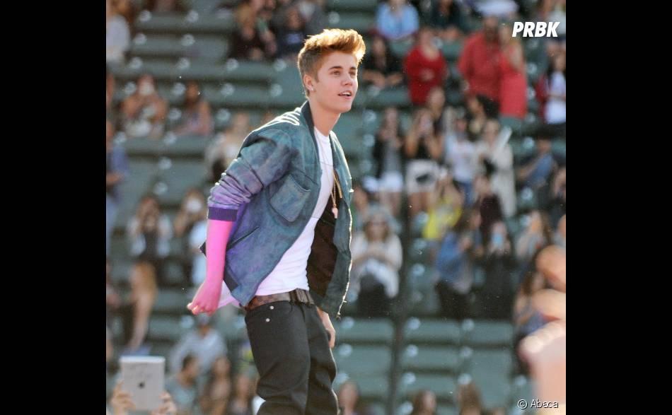 Justin Bieber : Les paparazzis le mettent hors de lui