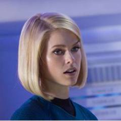 "Star Trek Into Darkness : Alice Eve nous ment-elle ? ""Benedict Cumberbatch ne joue pas Khan"""