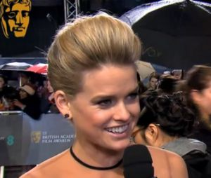 Alice Eve se confie sur Star Trek Into Darkness