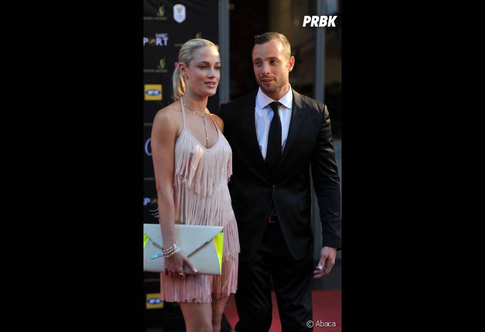 Oscar Pistorius et sa petite amie Reeva Steenkamp, en novembre dernier. L'athlète paralympique aurait tué sa petite amie après l'avoir prise pour un cambrioleur.