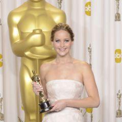 """Jennifer Lawrence : la reine des Oscars 2013 s'excuse pour son """"pet du cerveau"""""""