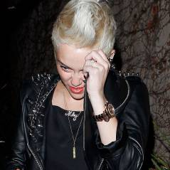 Miley Cyrus sans bague de fiançailles : mariage annulé avec Liam Hemsworth ?
