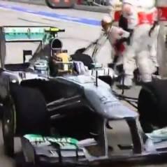 Lewis Hamilton se trompe de stand pendant le Grand Prix de Malaisie