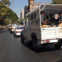 Inde : des policiers en carton contre la délinquance routière