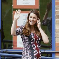 Kate Middleton enceinte : son baby bump bien moulé à Manchester