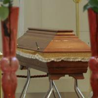 """The Walking Dead IRL : un """"mort"""" se réveille dans son cercueil"""