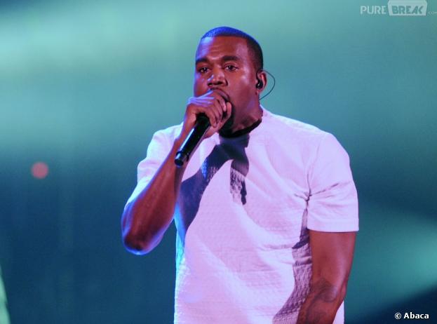 Kanye West a clashé les paparazzis lors d'un concert à New York