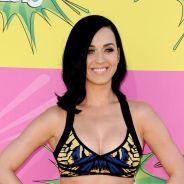 Katy Perry : double dose de soutifs pour soutenir ses seins ?