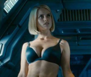Alice Eve est magnifique dans Star Trek Into Darkness