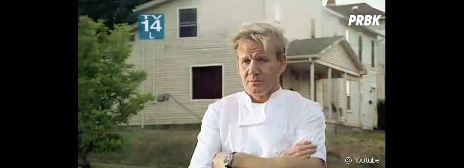 Gordon Ramsay présente Kitchen Nightmares en Angleterre.
