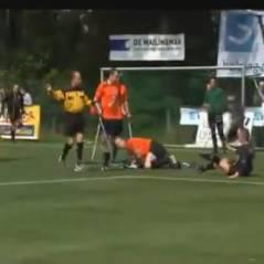 Foot : un match d'unijambistes se termine en baston générale