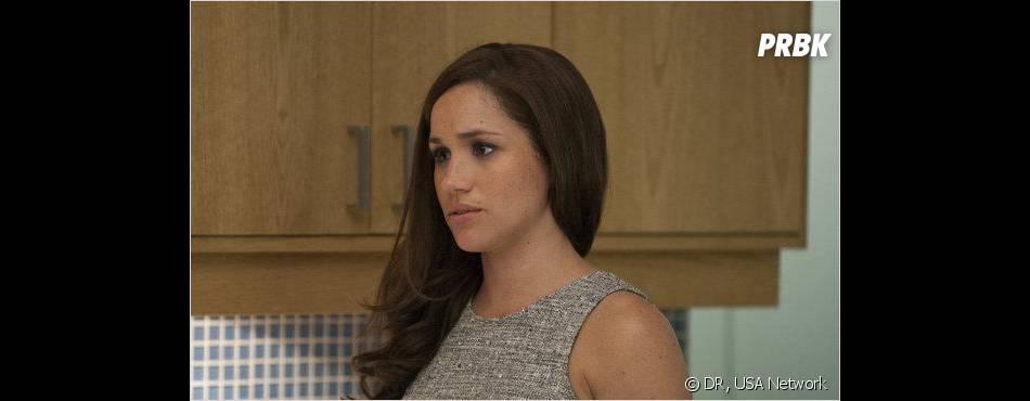 Rachel de Suits passe son temps à pleurer