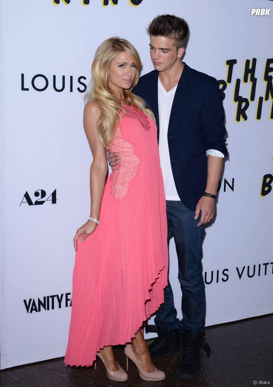 Paris Hilton et River Viiperi en duo sur le tapis rouge pour The Bling Ring, mardi 4 juin 2013 à Los Angeles