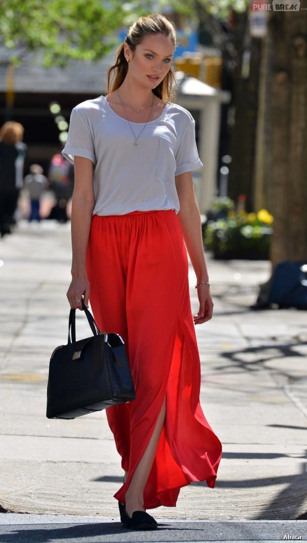 Candice Swanepoel, sexy en jupe longue