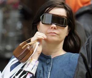 Björk aime les accessoires barrés