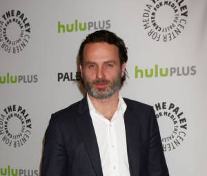 Andrew Lincoln ne regarde pas The Walking Deaad