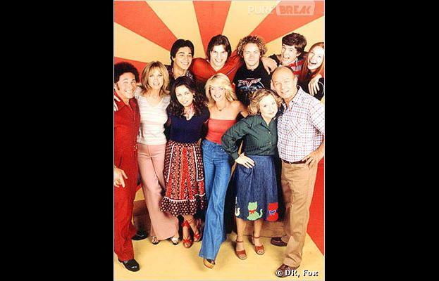 Lisa Robin Kelly (au centre en rouge) a bien changé depuis That 70s Show
