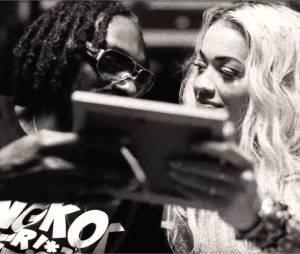 Snoop Dogg et Rita Ora : complice pour le clip de Torn Apart