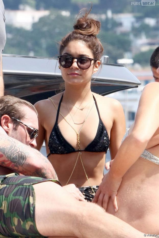 Vanessa Hudgens : en bikini en Italie le 19 juillet 2013