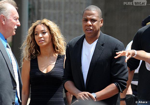 Beyoncé et Jay-Z défilent en hommage au jeune Noir Trayvon Martin dans les rues de New-York