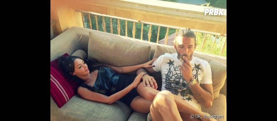 Nabilla Benattia : pause câlins avec Thomas Vergara sur le tournage de sa télé-réalité à Los Angeles.