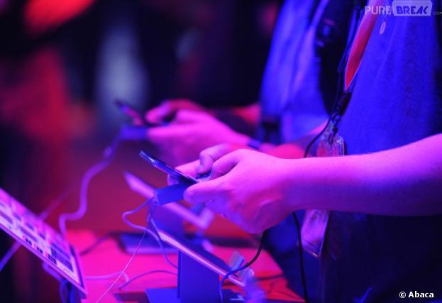 Jouer à des jeux de guerre rendrait plus intelligent selon un professeur en neurosciences à l'Université de Genève