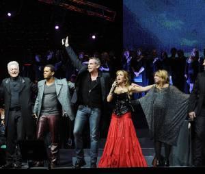 Hélène Ségara et la troupe de Notre Dame de Paris, le 13 décembre 2010 en Russie