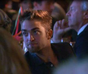 Robert Pattinson, au gala de charité GO GO à Los Angeles, le 14 novembre 2013