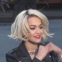 Rita Ora : glam rock pour un nouveau shooting à New York