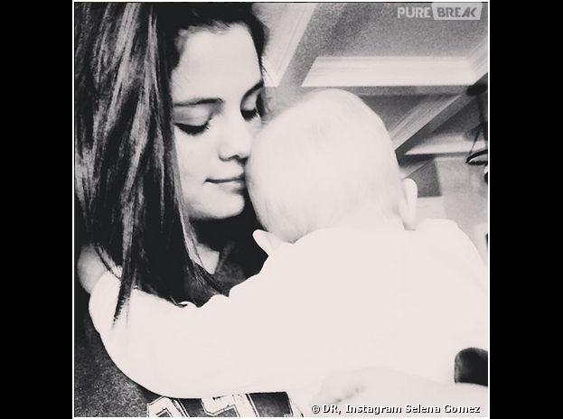 Selena Gomez et sa soeur Gracie sur Instagram, le 22 décembre 2013
