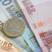 Il trouve 10 000 euros dans la rue... et les rapporte au commissariat