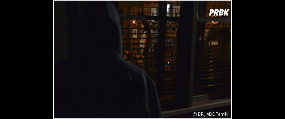 Pretty Little Liars saison 4, épisode 15 : Ezra démasqué ?
