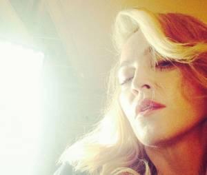 Madonna : en béquilles après une chute en talons hauts