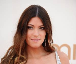 Jennifer Carpenter décolletée sur le tapis rouge des Emmy Awards 2011