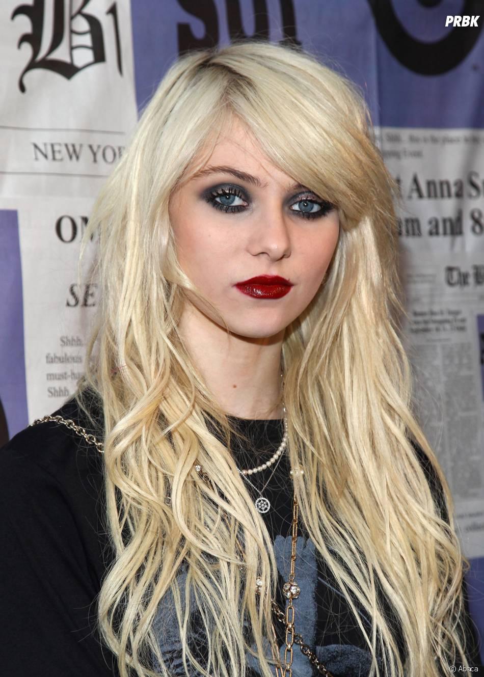 Taylor Momsen reine de la provoc'dans le clip 'Heaven Knows' de The Pretty Reckless