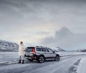Zlatan Ibrahimovic ft. Day : Du gamla du fria, la chanson du footballeur enregistrée pour Volvo