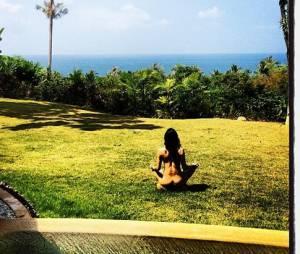 Michelle Rodriguez nue dans son jardin sur Instagram
