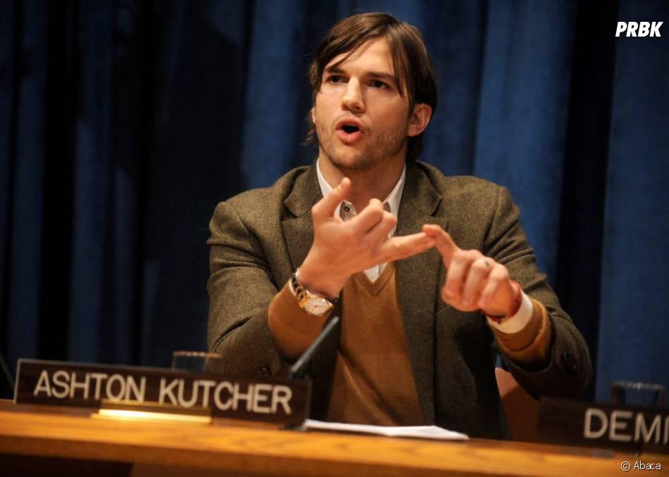 Ashton Kutcher va accueillir Mila Kunis dans Mon Oncle Charlie
