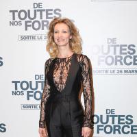 Alexandra Lamy sexy : dentelle et transparence sur le tapis rouge