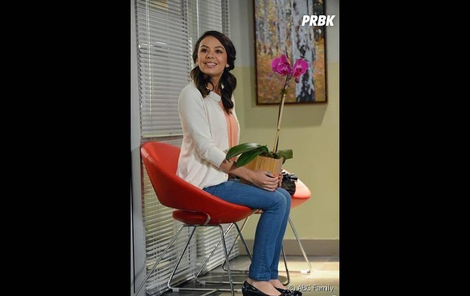 Pretty Little Liars saison 4, épisode 24 : Mona liée à A ?