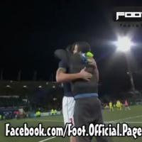 "Zlatan Ibrahimovic ""attaqué"" par un supporter adverse, il lui offre son maillot"