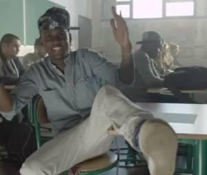"""Black M - Mme Pavoshko, le clip officiel avec Kev Adams, Stéphane Bak, Willaxxx, Issa Doumbia extrait de l'album """"Les Yeux Plus Gros Que Le Monde"""""""