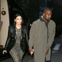 Kim Kardashian : sous-vêtements apparents pour un dîner avec Anna Wintour