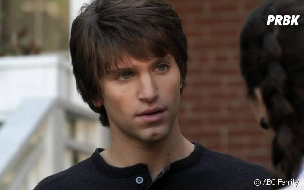 Toby dans Pretty Little Liars